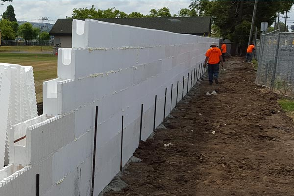 H Forms Build Beautiful Free Standing And Retaining Walls